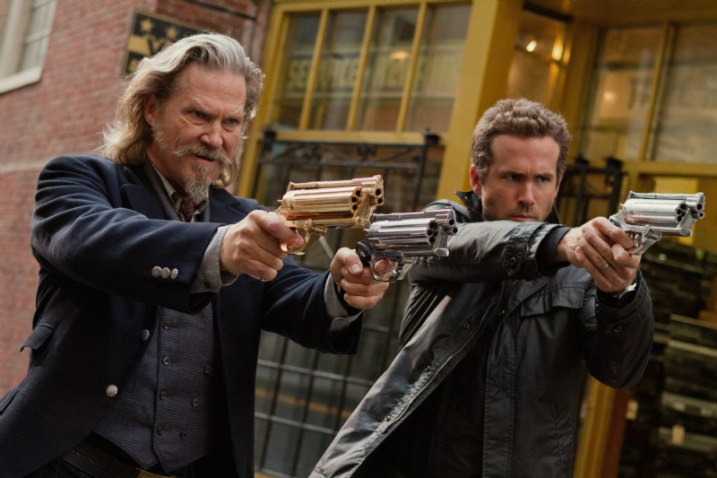 Jeff-Bridges-Ryan-Reynolds-anteprima-trailer-RIPD