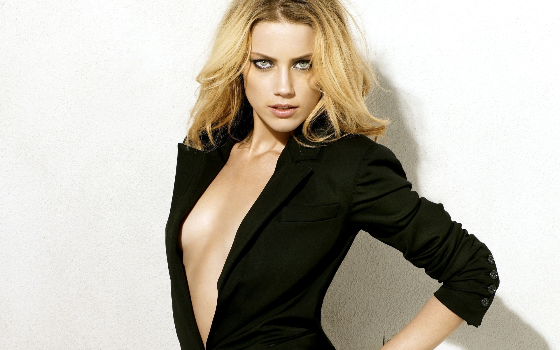Amber Heard il nuovo sex symbol di Hollywood?