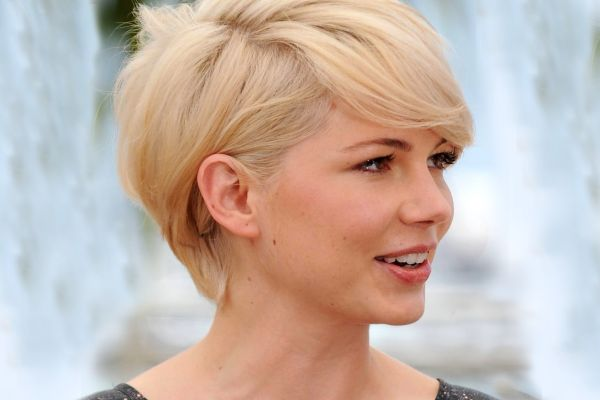 michelle-williams-gold