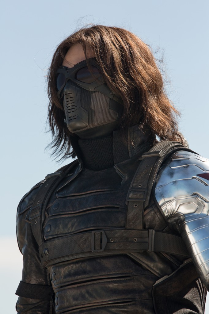 The Winter Soldier arrestato a Londra cosplayer in manette (4)