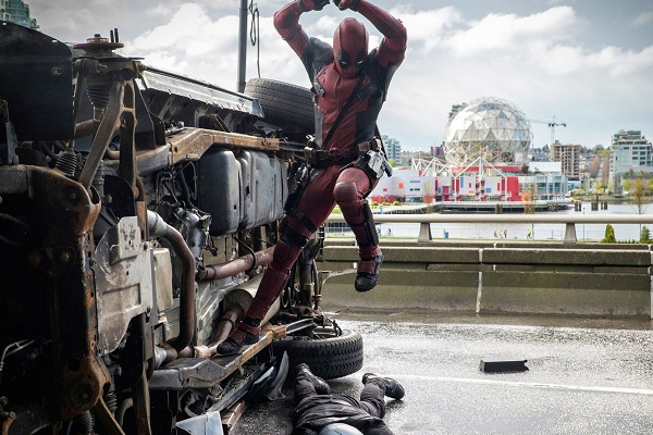 deadpool-nuovo-trailer-natale