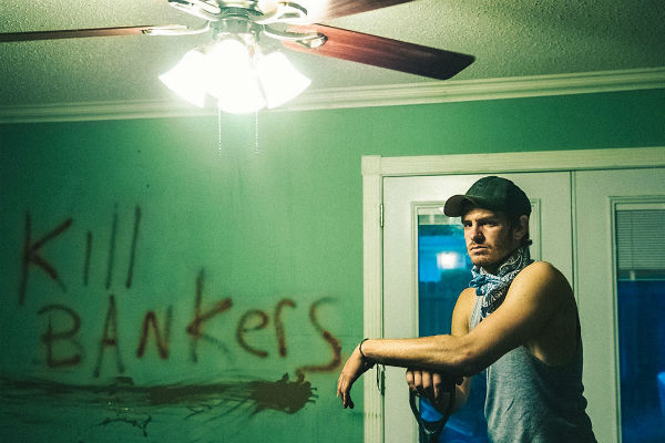99 homes: trailer italiano