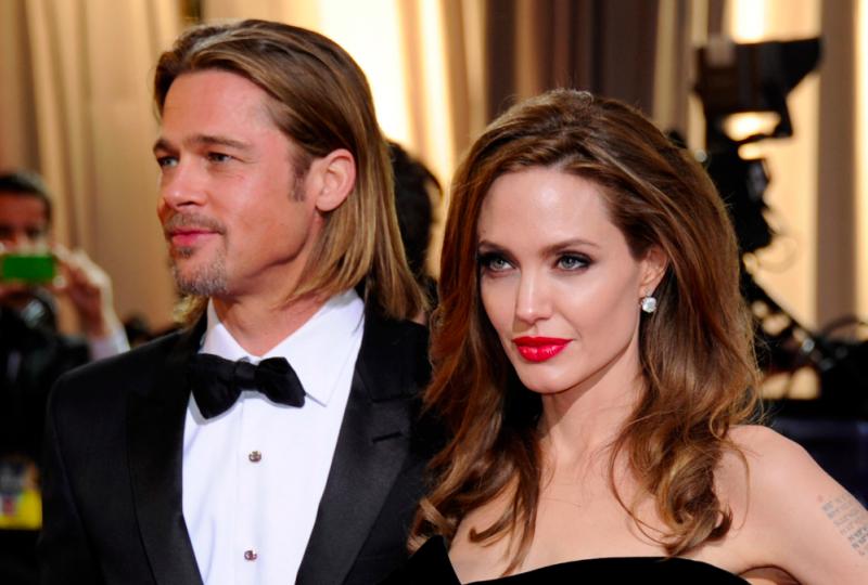 Angelina Jolie lascia una regia da 110mln per non lavorare con l'ex marito Brad Pitt