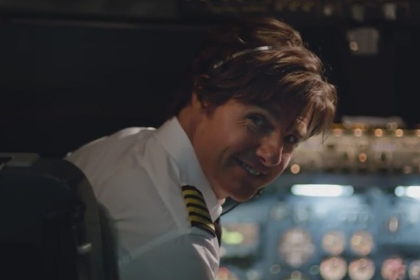 Tom Cruise traffica armi e droga nel primo trailer di American Made